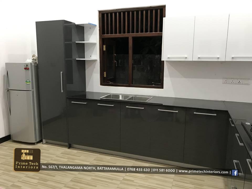 Modern High Gloss Kitchen Cupboards